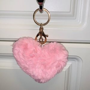 Accessories - Baby Pink Fluffy Heart Keychain